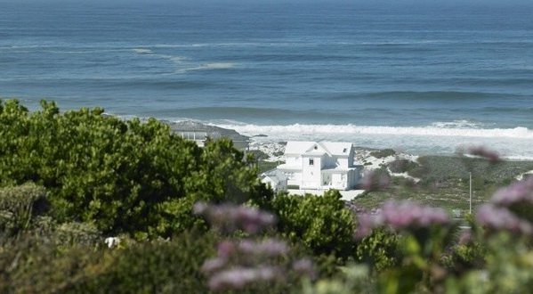 The White House - Shoot my House - Yserfontein